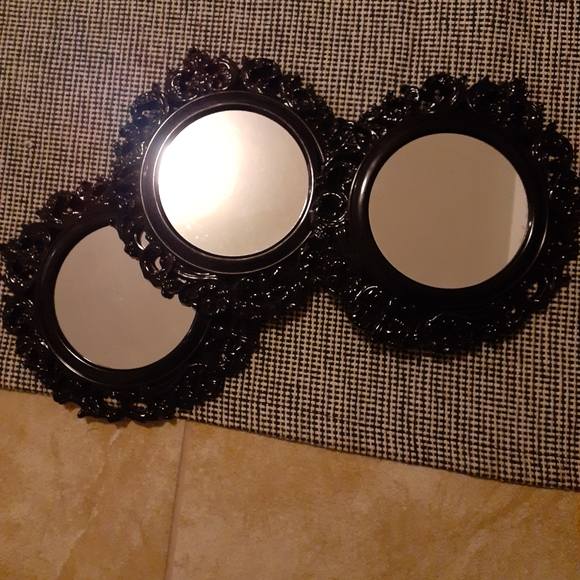 3 piece resin look mirrors
